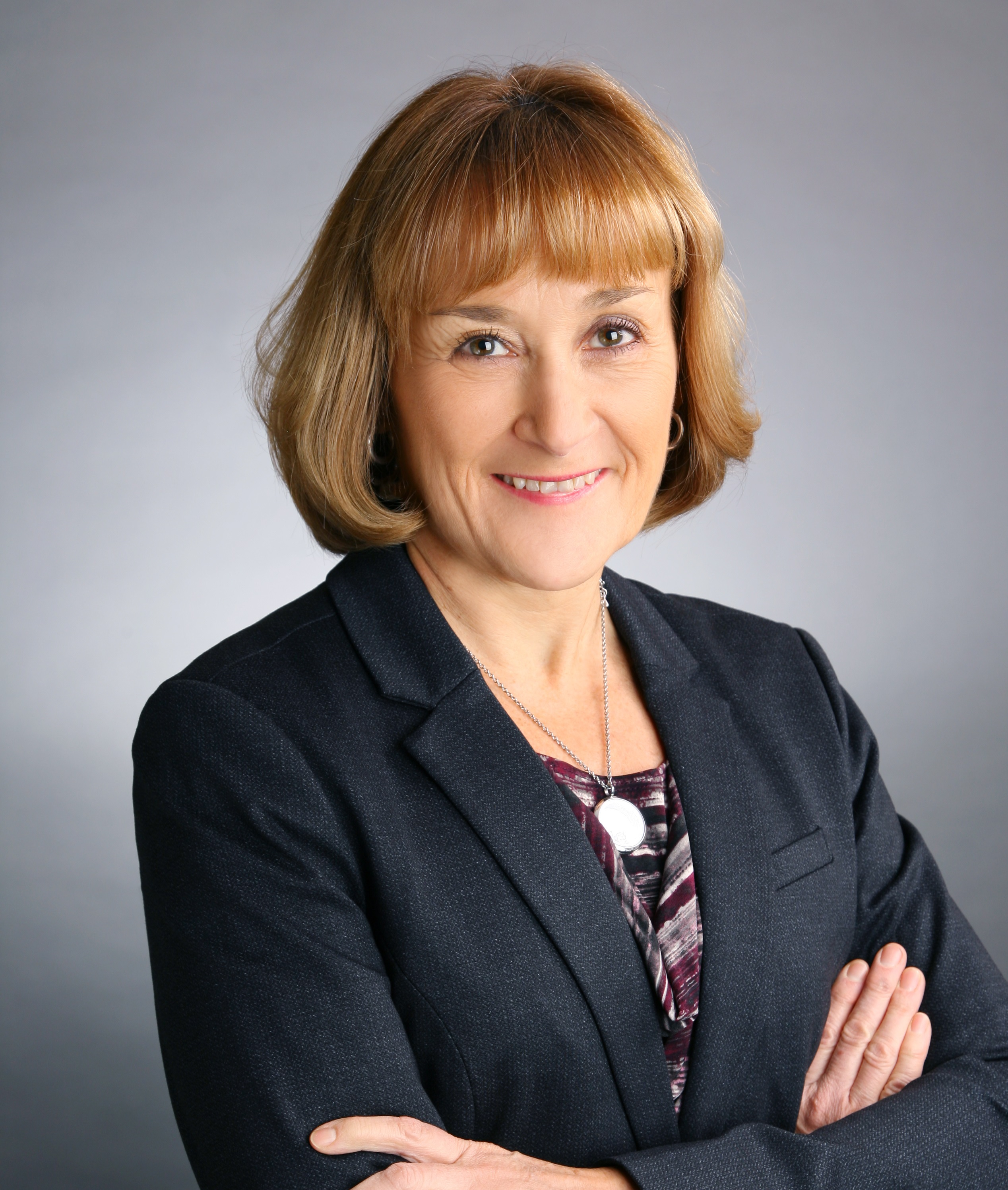 """Valerie Fox: """"Lessons in Crisis Communication, International Expansion and Business Continuity"""""""